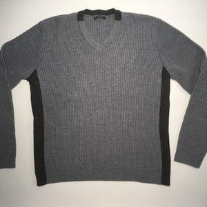 Sisley Italian Two Color V-Neck Sweater